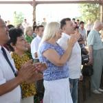 [Пс.146:1]  «Аллилуия. Хвалите Господа, ибо благо петь Богу нашему, ибо это сладостно, - хвала подобающая».  Все верующие воздают хвалу Господу.